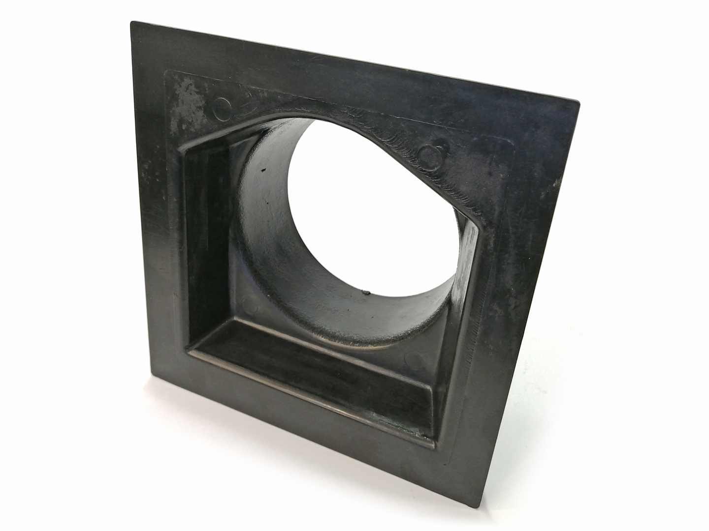 4″ Plastic Duct with Square Mounting Base